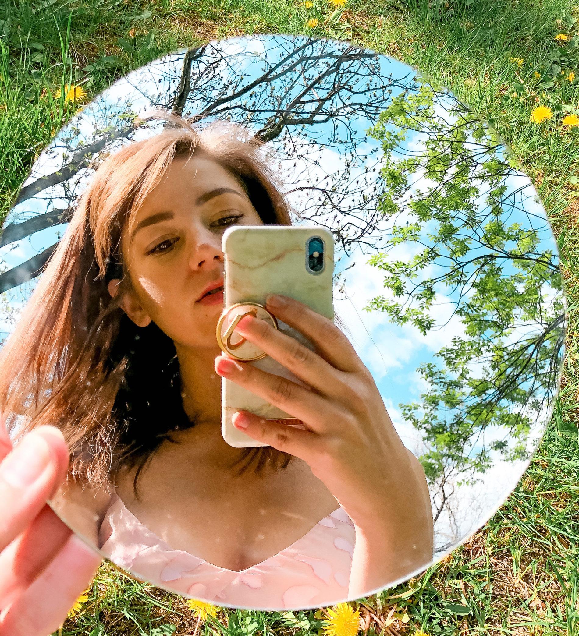 aniamaluje selfie